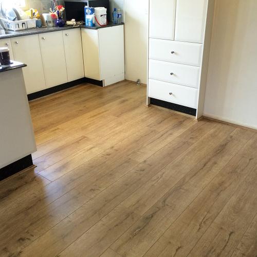 Hazel Oak 8253-12 - Tanoa Flooring 12mm Longboard Laminate | Advanced Flooring Services